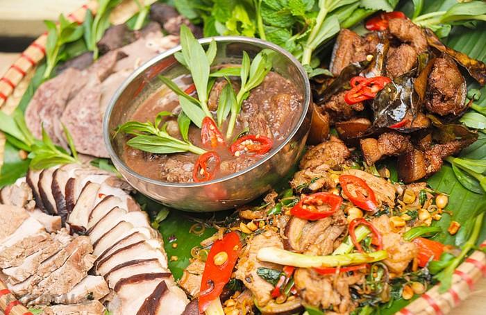 len-yen-bai-thuong-thuc-mon-thit-can-cap-nach-crab-expect-5