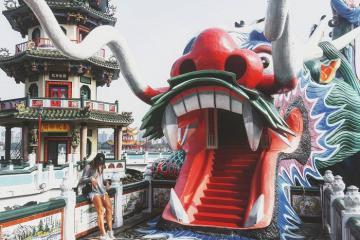 Tháp Long Hổ - điểm nhấn nổi bật giữa thành phố Cao Hùng