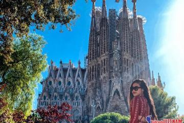 Check-in Barcelona đẹp không góc chết cùng cô nàng hot girl!