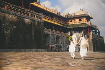 Khuyến mãi 20-10: Huế miễn phí vé tham quan cho khách nữ mặc áo dài truyền thống