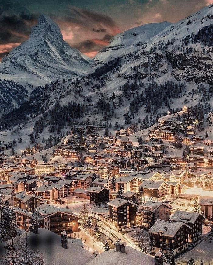 9 most attractive Swiss tourist destinations