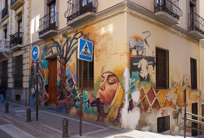 Một góc phố ở Realejo -  những khu phố thú vị ở Granada