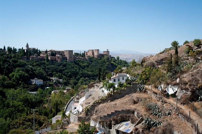 Khu phố Sacromonte là một trong  những khu phố thú vị ở Granada