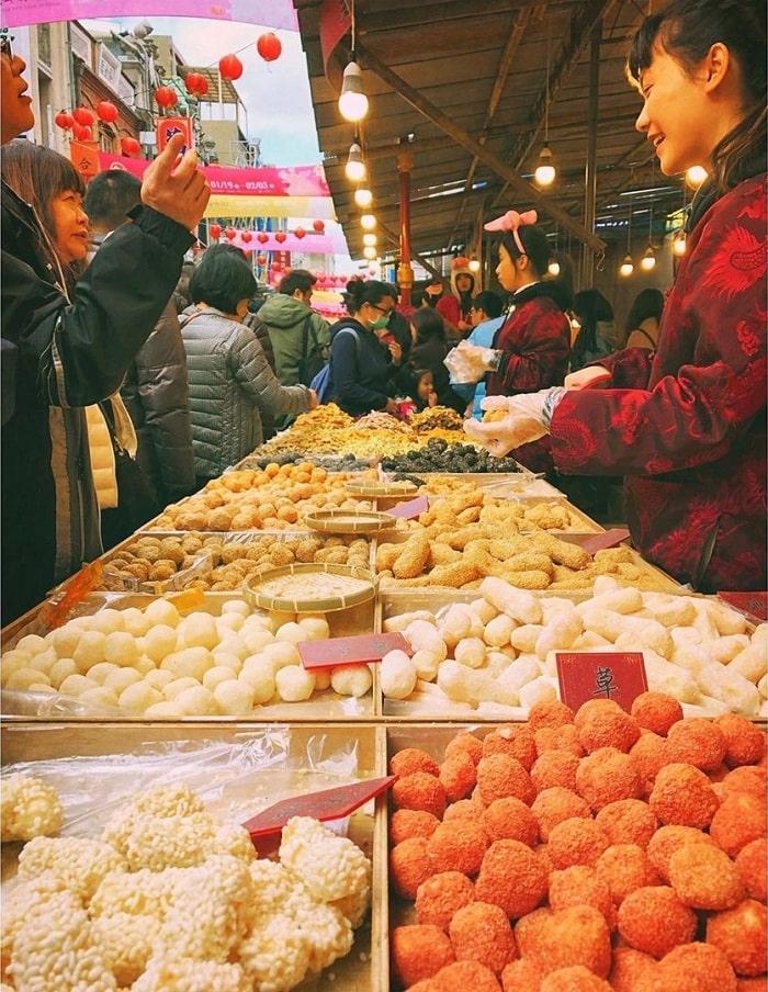 ẩm thực đường phố - điểm thí vị gần đền Hà Hải Đài Bắc