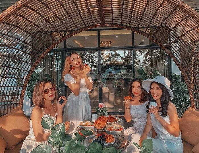 Chùm combo 2N1Đ nghỉ dưỡng gần Hà Nội - Flamingo Đại Lải Resort