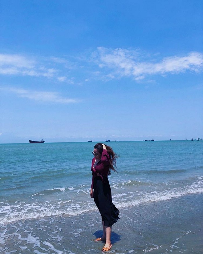 water play - interesting activities at Bai Dau Vung Tau