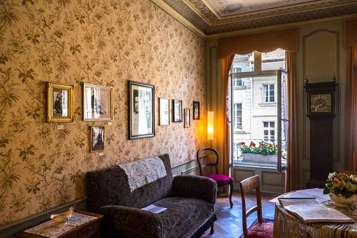 Inside Einstein's house - The travel experiences of Bern Switzerland