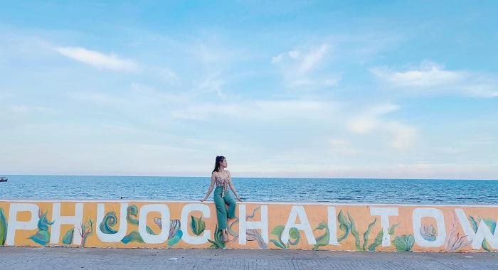 con đường bích họa - nét cuốn hút tại biển Phước Hải Vũng Tàu