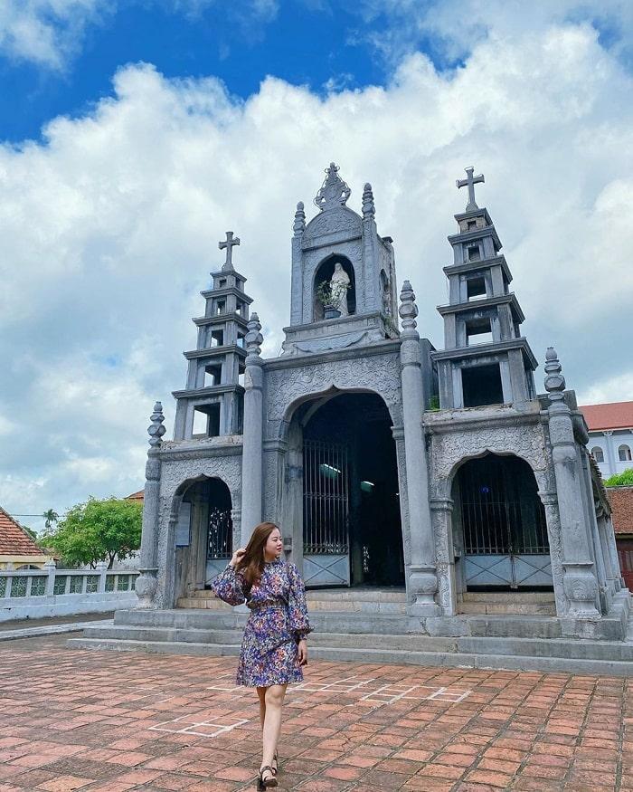 Nhà thờ Phát Diệm là điểm du lịch Ninh Bình độc đáo