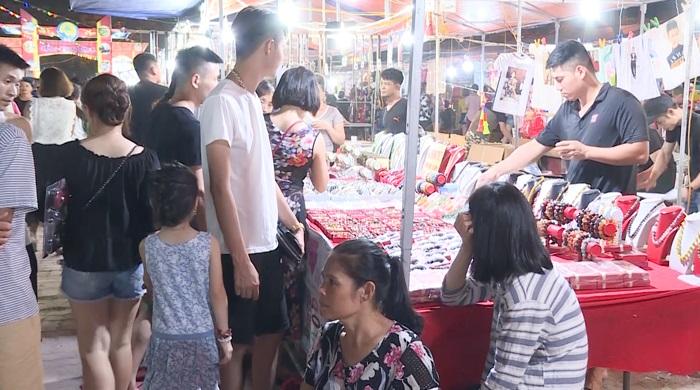 Chợ đêm Sầm Sơn - Hòn Trống Mái Sầm Sơn
