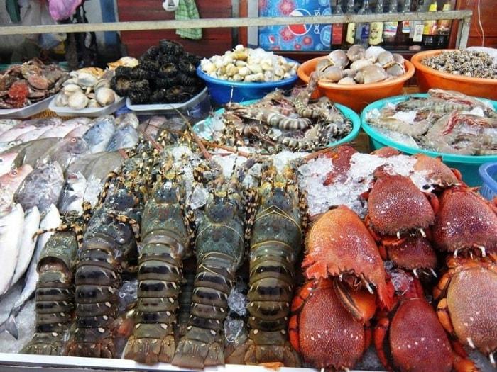 chợ Hòa Mỹ - địa chỉ mua hải sản ở Đà Nẵng đa dạng