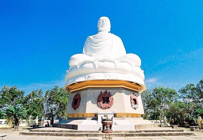Tour du lịch Nha Trang 3N thăm chùa Long Sơn