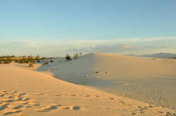 sand dunes - interesting destination in Loc An Vung Tau beach
