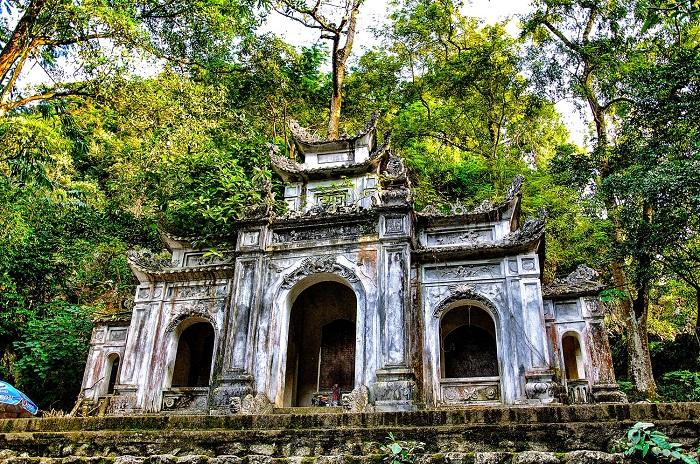 Đền Cô Tiên Sầm Sơn - Hòn Trống Mái Sầm Sơn