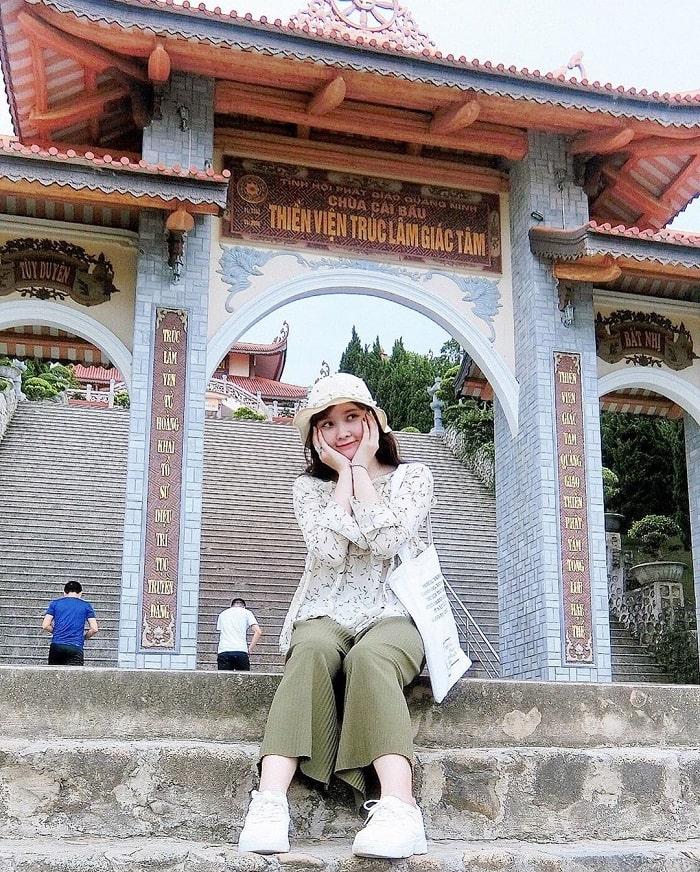 Địa điểm du lịch tâm linh ở Quảng Ninh - chùa Cái Bầu