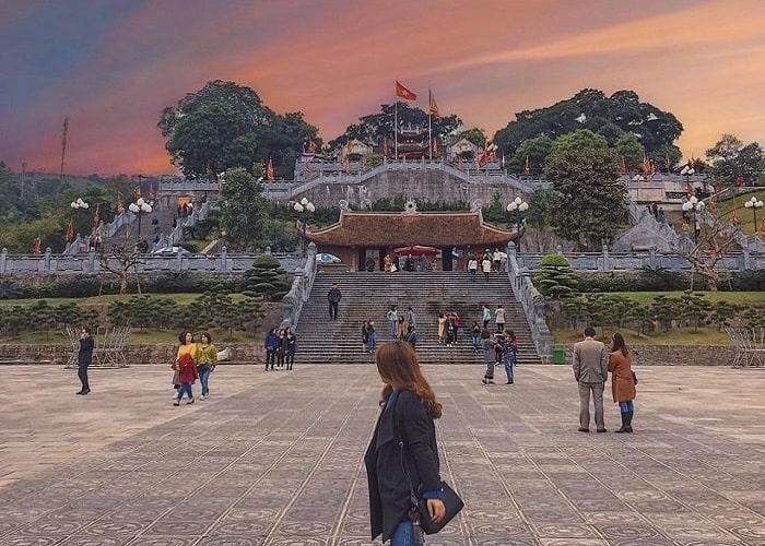 Địa điểm du lịch tâm linh ở Quảng Ninh - đền Cửa Ông