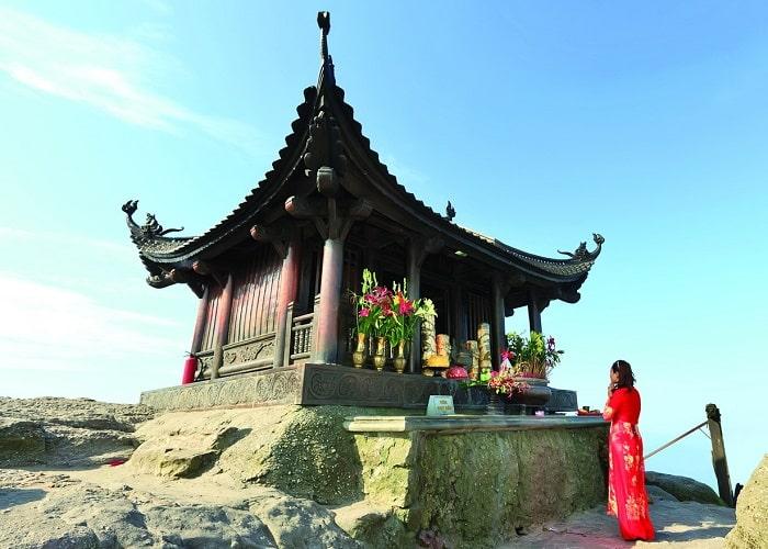 Địa điểm du lịch tâm linh ở Quảng Ninh - chùa Yên Tử