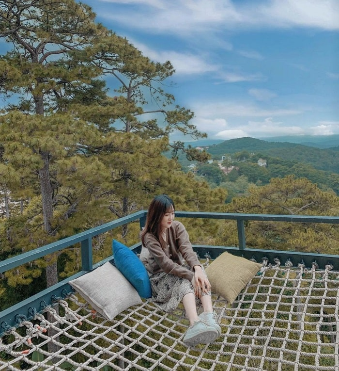 New check-in point in Da Lat 2020 - hammock at Dreamers homestay & cafe