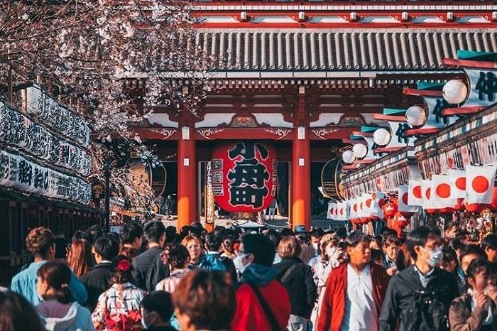 điểm tham quan ở Tokyo - tham quan đền Senso-ji-