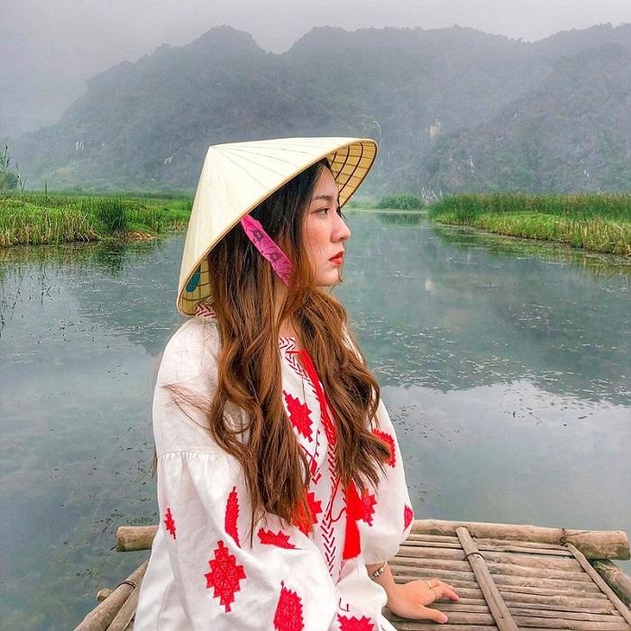 Đầm Vân Long là điểm du lịch Ninh Bình đậm chất thôn dã