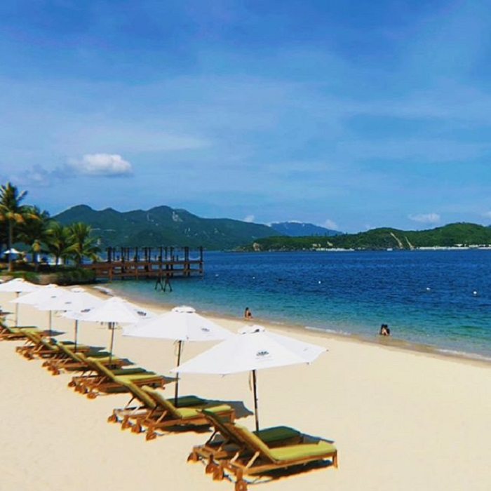Hon Tam Nha Trang stretches sandy beach