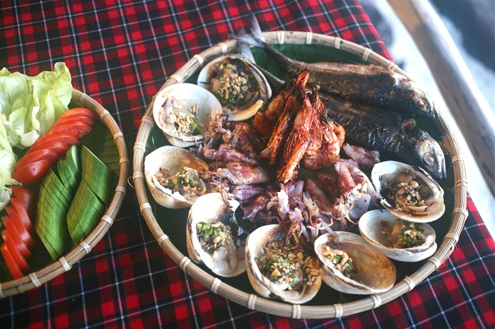 Hon Dam Phu Quoc - enjoy seafood