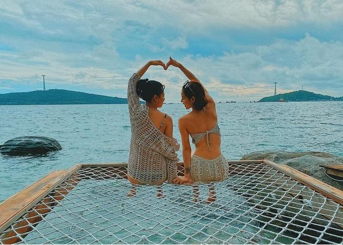 Hon Dam Phu Quoc - relaxing beach bathing