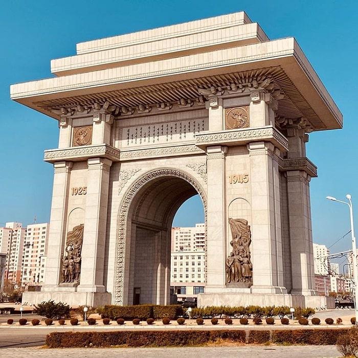 Arc de Triomphe - an attractive Korean tourist destination