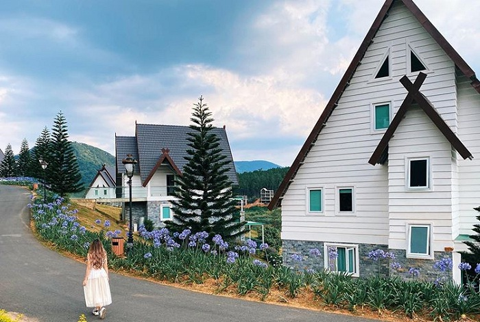 the houses of the European village of Da Lat