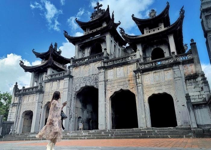 Nhà thờ Phát Diệm - điểm du lịch Ninh Bình độc đáo