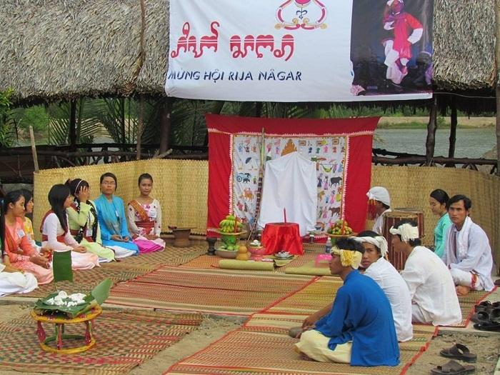 Rija Nagar festival in Ninh Thuan