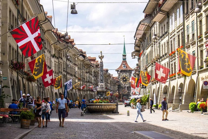 Bern has one of the longest covered shopping promenades in Europe - the travel experiences of Bern Switzerland