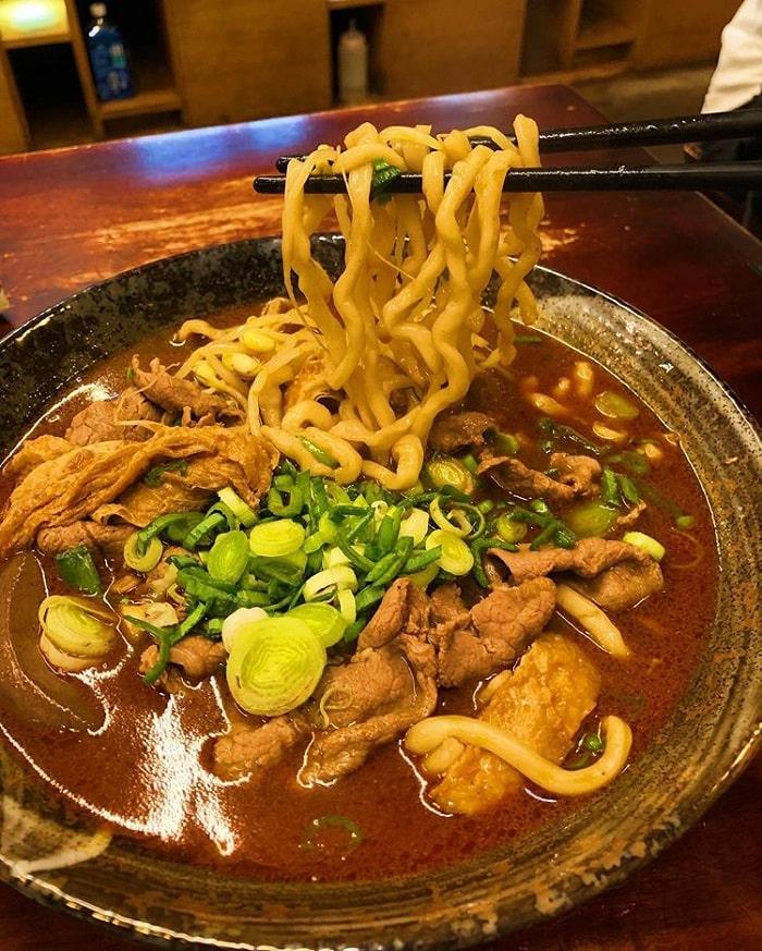 mì Han Kee Tiger - món ăn hấp dẫn tại phố ẩm thực Yongkang