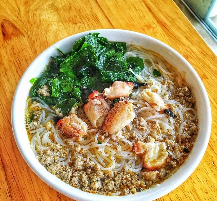 Những món ăn sáng ngon ở Hạ Long- bún cù kỳ