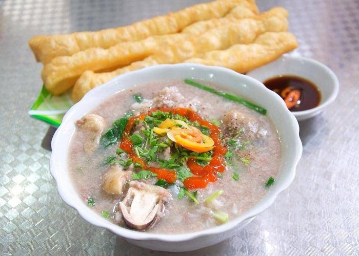 Những món ăn sáng ngon ở Hạ Long- cháo hà