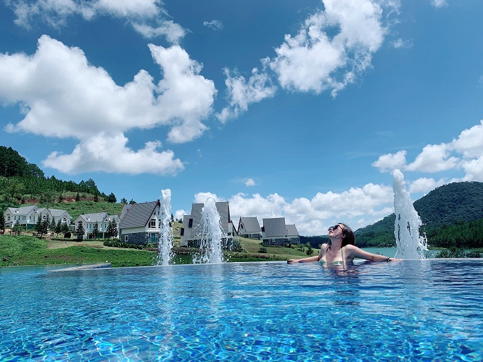 swimming pool - the attraction of the European village of Da Lat