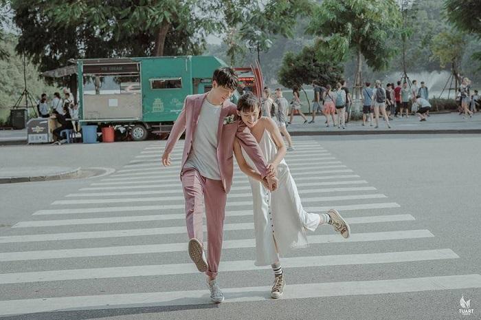 địa điểm đi chơi 20/10 ở Hà Nội phố đi bộ