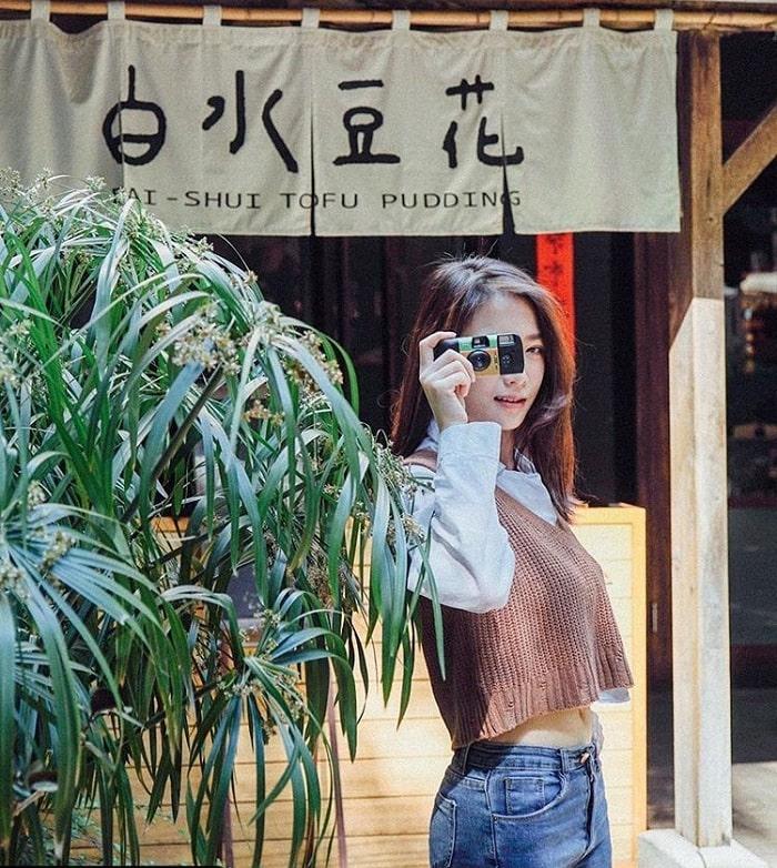 cửa hàng đậu phụ - góc view siêu đẹp tại phố ẩm thực Yongkang