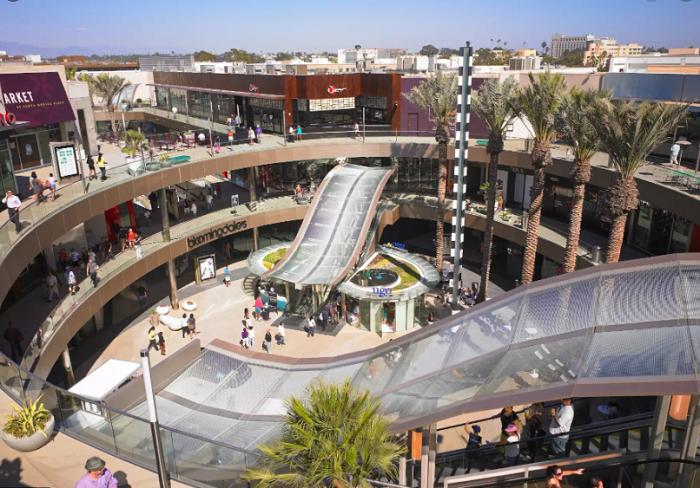 Trung tâm thương mại Santa Monica Place - địa điểm mua sắm ở Los Angeles nổi tiếng
