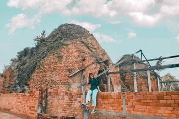 Check in lò gạch Mang Thít Vĩnh Long với tuổi đời trăm năm giữa miền sông nước