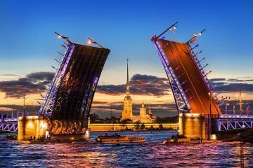 Điểm danh những cây cầu ấn tượng ở Nga nhất định phải ghé thăm một lần