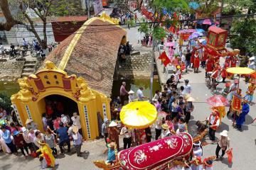 Đặc sắc lễ hội chùa Lương Hải Hậu, Nam Định
