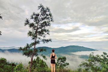Ngắm một Quy Nhơn đẹp 'lịm tim' trên núi Vũng Chua