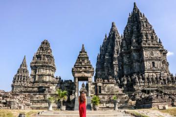 Chiêm ngưỡng ngôi đền Hindu giáo lớn nhất ở Indonesia