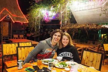 'Đập tan cơn đói' với 10 quán ăn ngon ở Pleiku nức tiếng gần xa