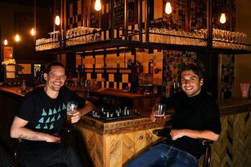 'Quẩy' thâu đêm tại những quán bar ở Hà Lan được yêu thích