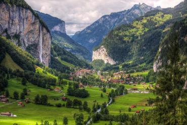 Lauterbrunnen - vùng đất đẹp như tranh vẽ ở Thụy Sĩ