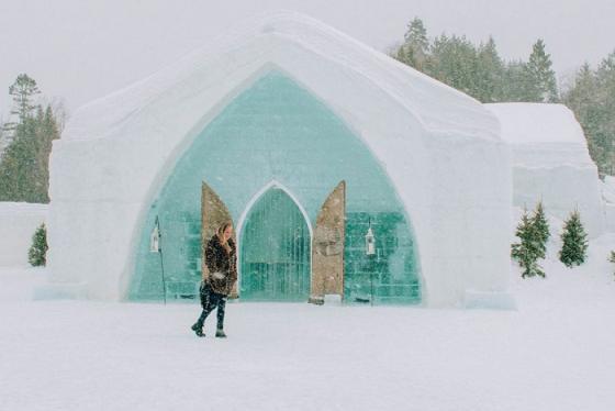 Đến thăm khách sạn băng tuyết Hotel de Glace độc đáo ở Canada