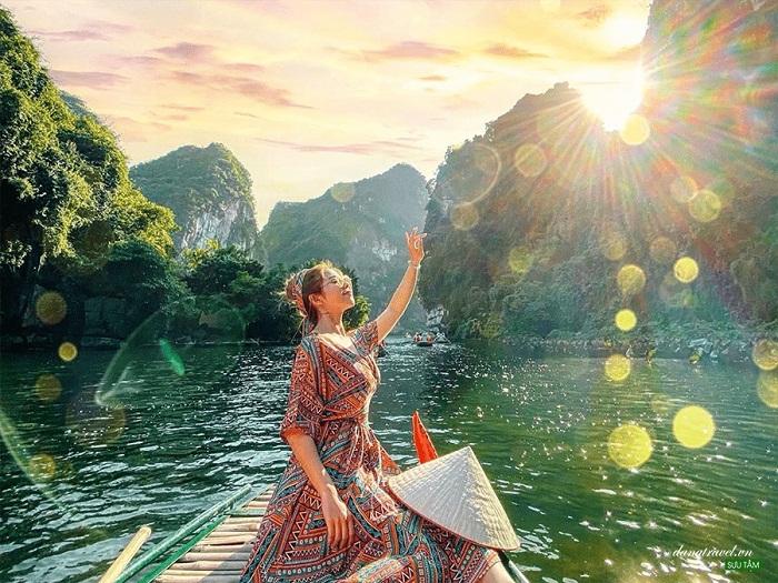 Thung Nắng - điểm du lịch Ninh Bình thơ mộng