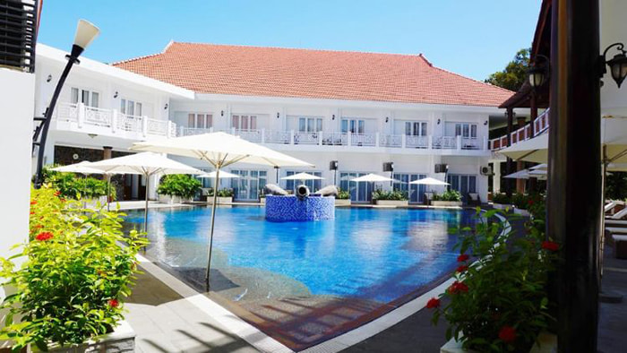 The secret to visiting Binh Chau hot spring - quality service